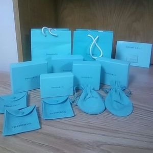 Tiffany & CO. Boxes and bags